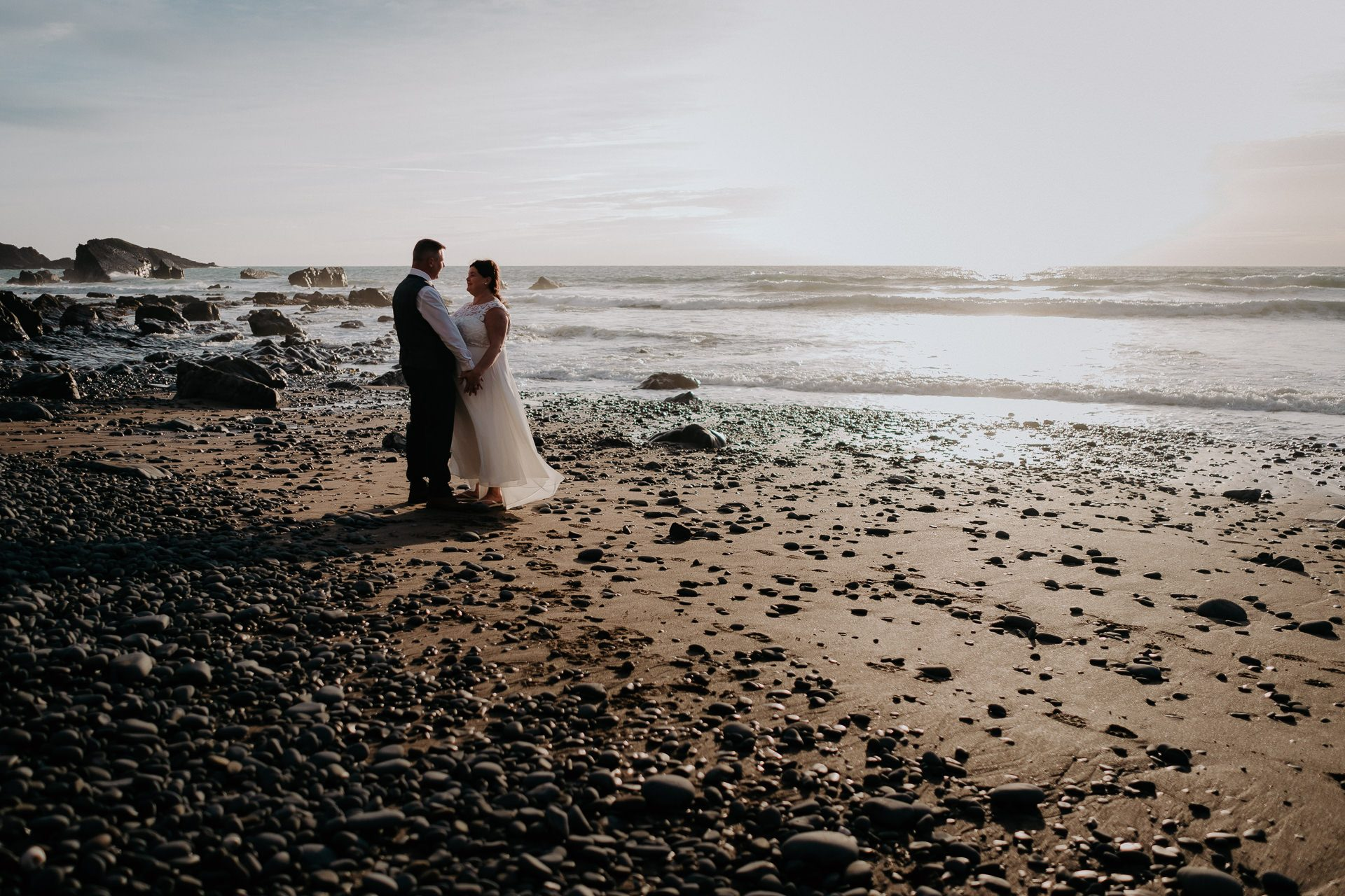 0001-DEVON-SOMERSET-WEDDING-PHOTOGRAPHER-0560-BEST-OF-2019-LOUISE-MAY-DEVON-SOMERSET-WEDDING-PHOTOGRAPHY-20190910-18-52-32-20190910185232LM107907-2